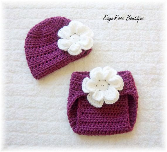 Sue, for Charlotte. Cute with diaper cover   calzon y gorro bebe ...