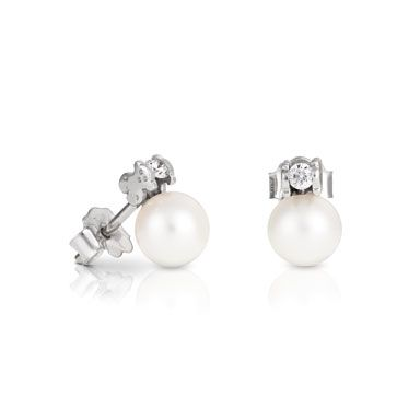 "18kt white gold earrings TOUS Les Classiques with diamonds and 1/4"" pearl. Total carat weight 0.12ct.  TOUS Washington DC"