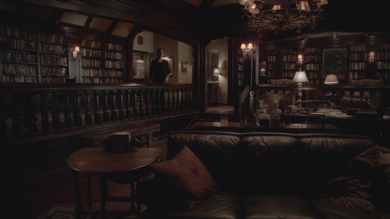 Vampire diaries bedroom - Room Salvatore House Vampire Diaries