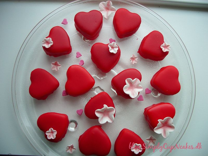 Valentines Petit Fours ♥