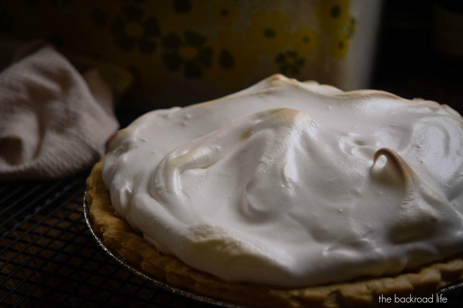 lemon+meringue+pie8.jpg (1600×1066)