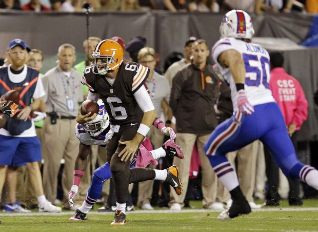Browns Coach Mike Pettine On Qb Brian Hoyer He S A Winner Intangibles Are Off The Charts Cleveland Browns Football Brian Hoyer Browns Football