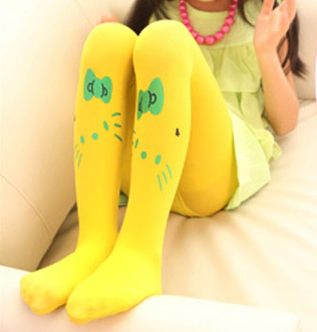 baby in yellow pantyhose