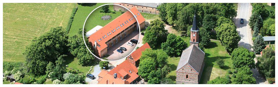 Die Hochzeitsscheune Hotel Und Restaurant Alte Schule In Furstenhagen Hochzeitslocation Hochzeit Location Alte Schule