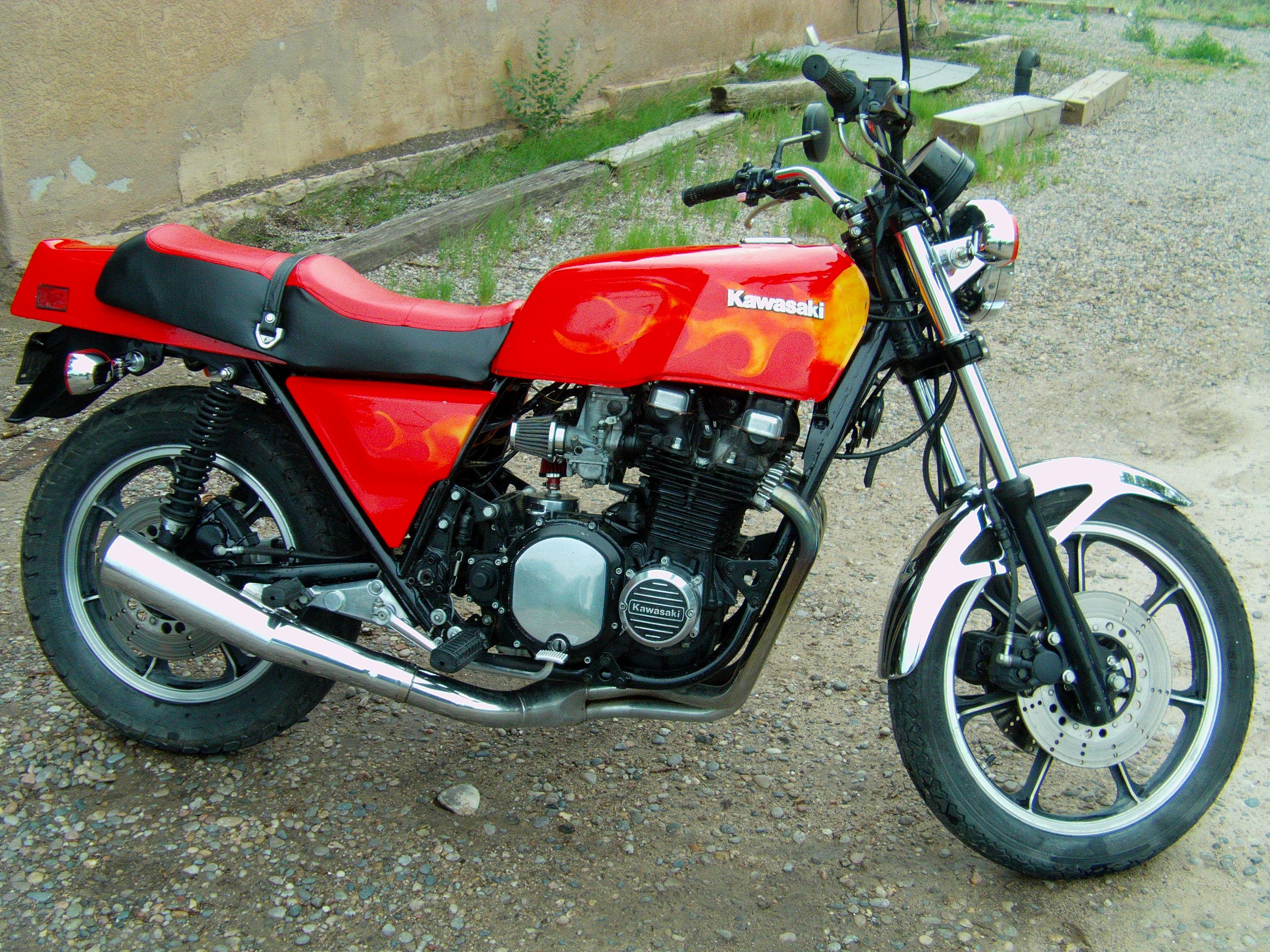 980 Kawasaki KZ1000 Shaft Drive with engine mods  One of my