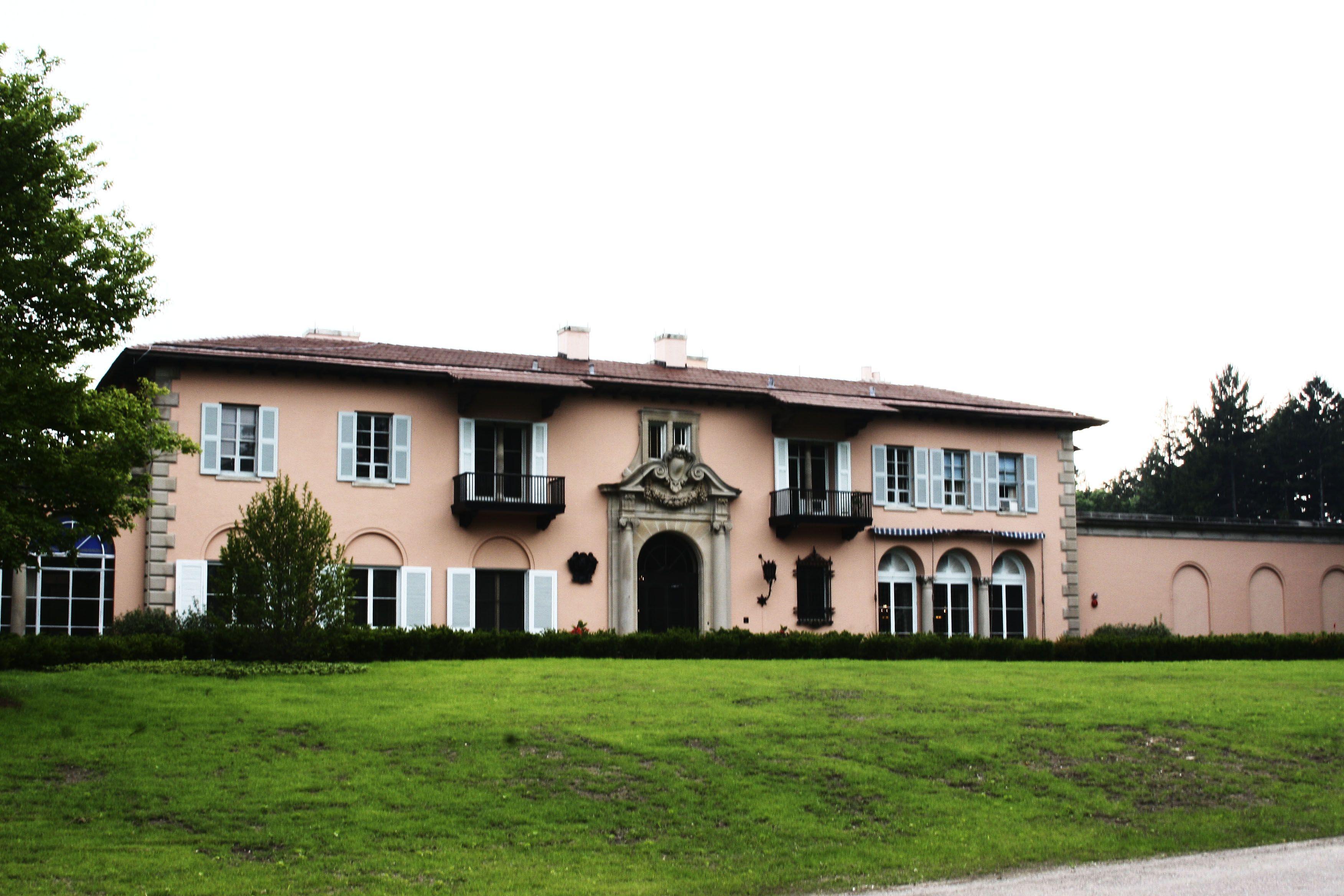 Cuneo mansion wedding venues in illinois pinterest loyola cuneo mansion loyola university chicagowedding venuesillinoismansions junglespirit Choice Image
