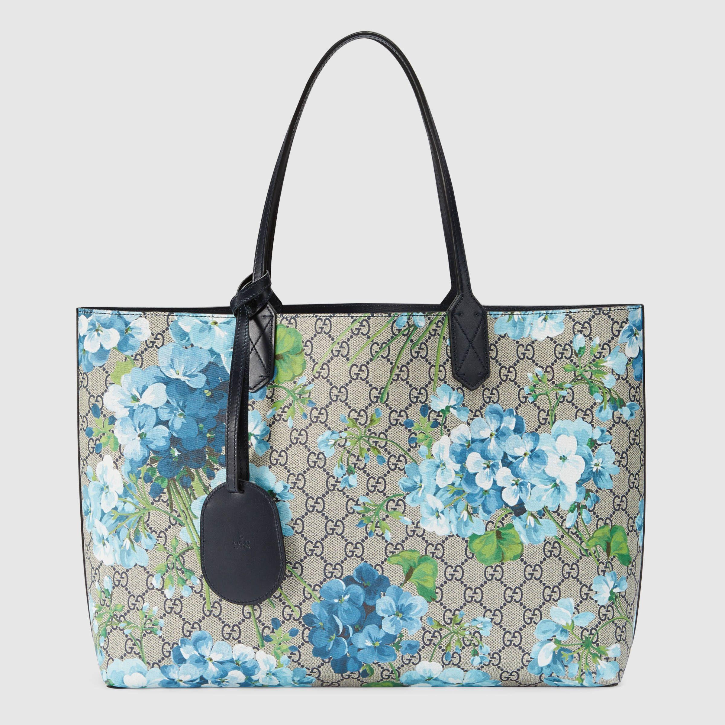 86368555907e Gucci Women - Reversible GG Blooms leather tote - 368568CU71X8499 ...