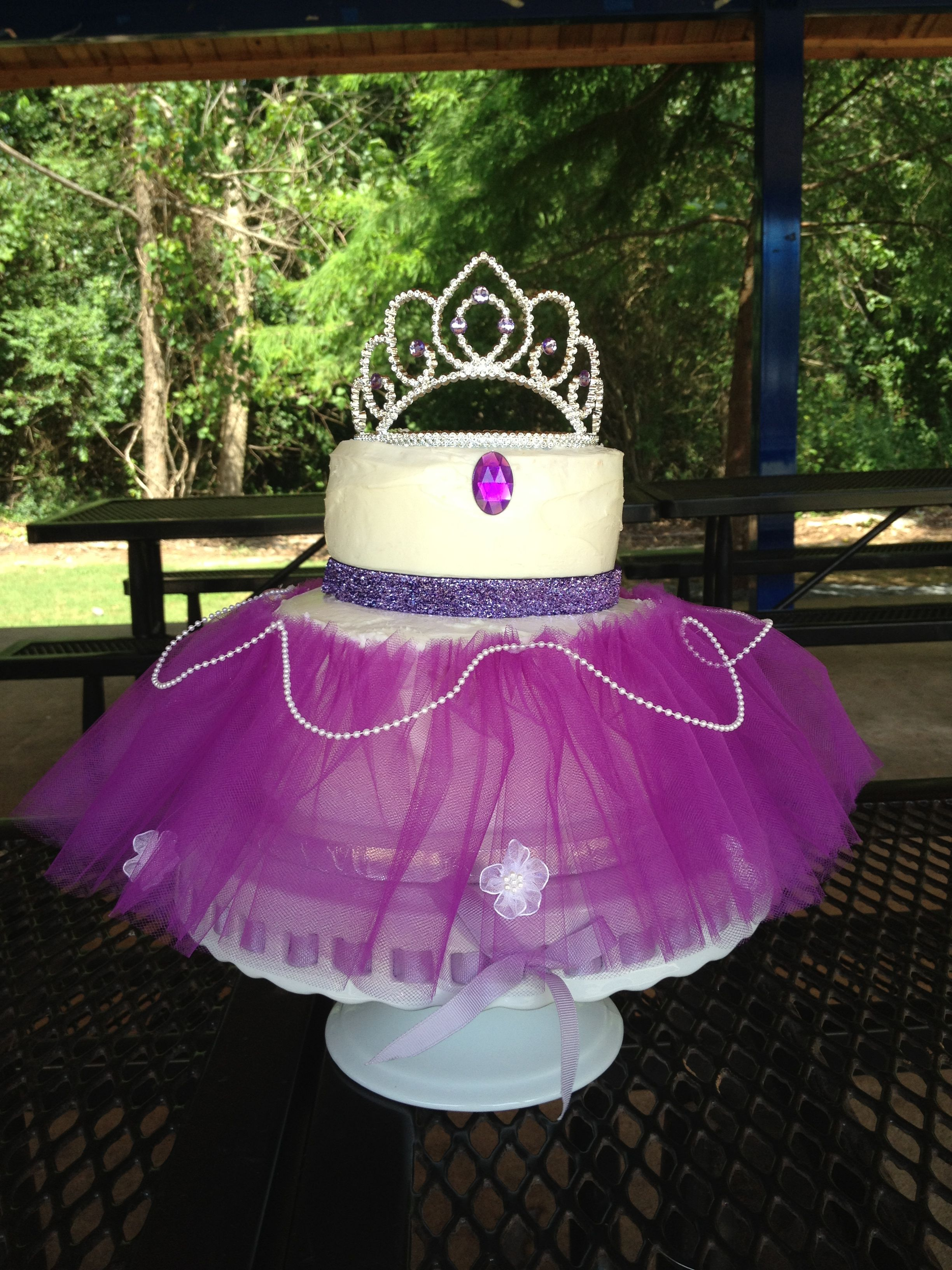 Princess sofia the first cake. I think THIS is my favorite! <3