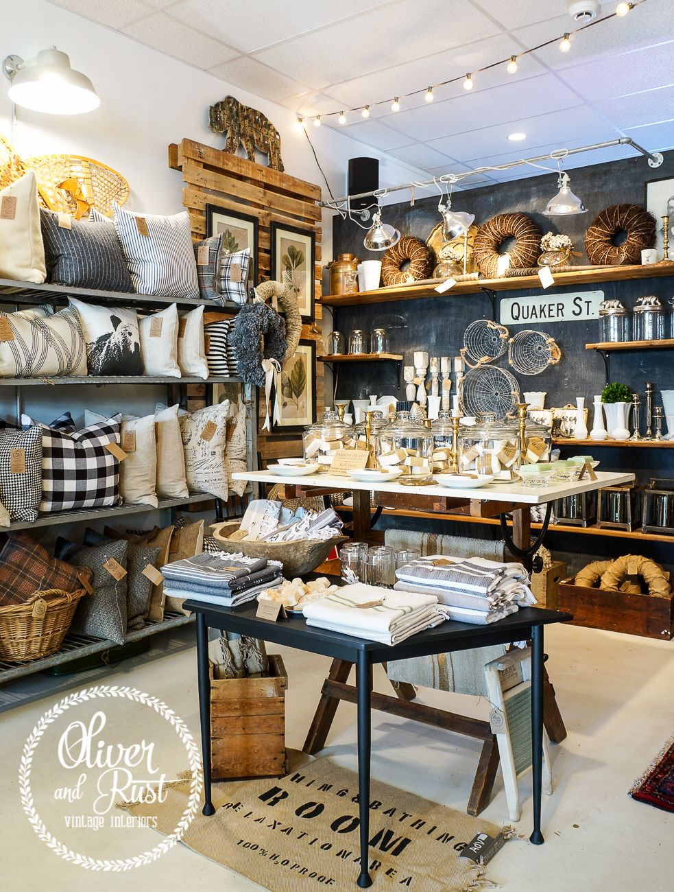 Retail Gift Store Display Ideas