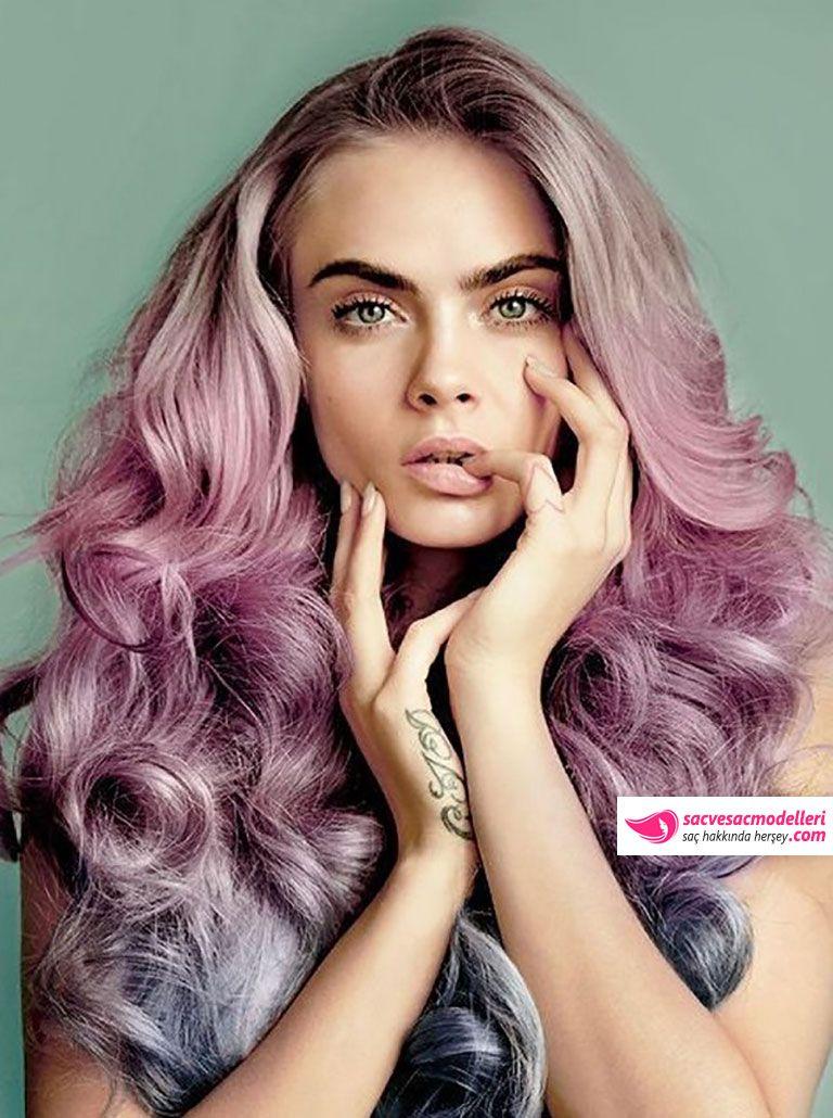 Cara Delevingne PEMBE Saç Rengi ve Modeli
