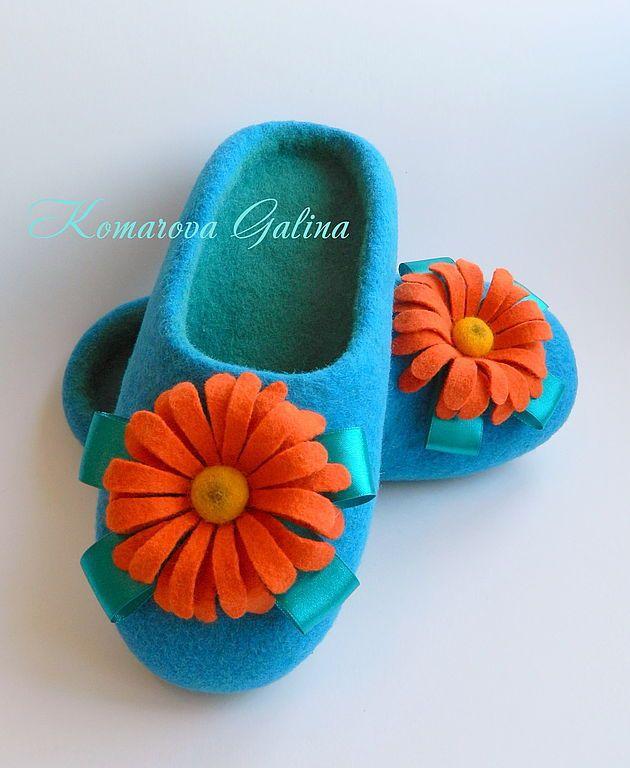 "Handmade women's felted Slippers ""Gerbera"" felted Slippers шерсть100% - felted slippers"