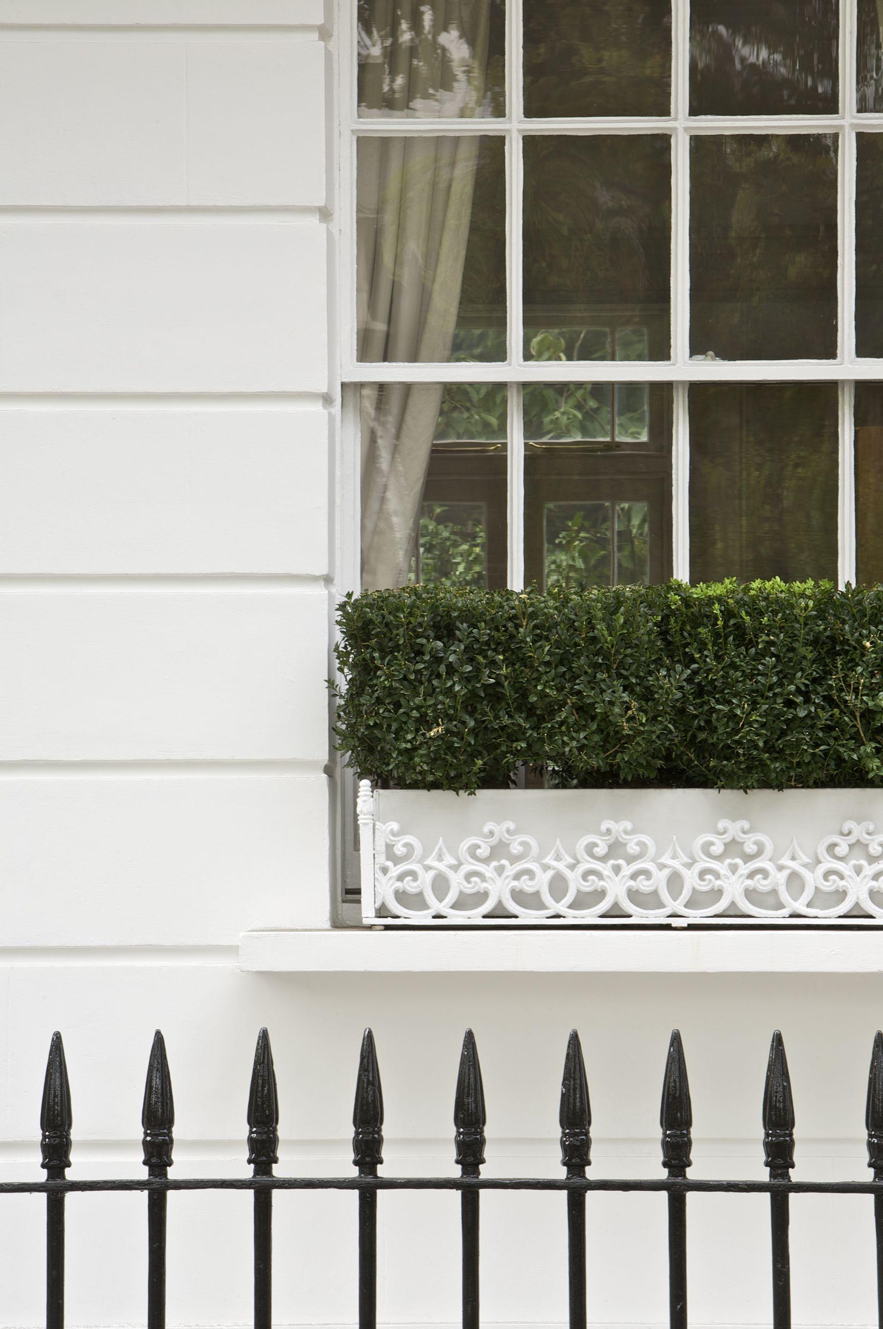 Wall in farrow ball 39 s wimborne white exterior masonry - Farrow and ball exterior masonry paint ideas ...