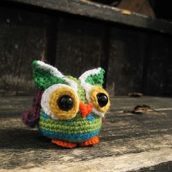 Amigurumi Owl crochet pattern Psychedelic and colorful | The Sun and the Turtle - Amigurumi patterns and beanies