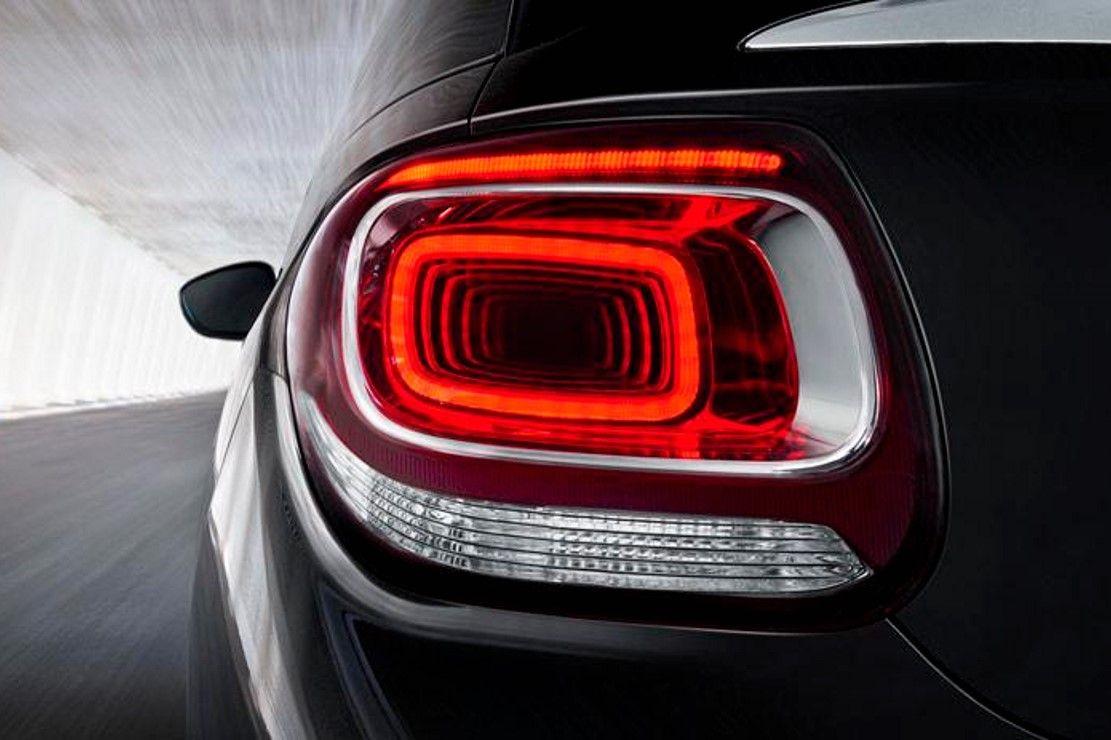 Citroen Un Concept Ds Devoile Le 4 Septembre Pour Le Mondial De L Auto Voitures Musclees Voiture Auto