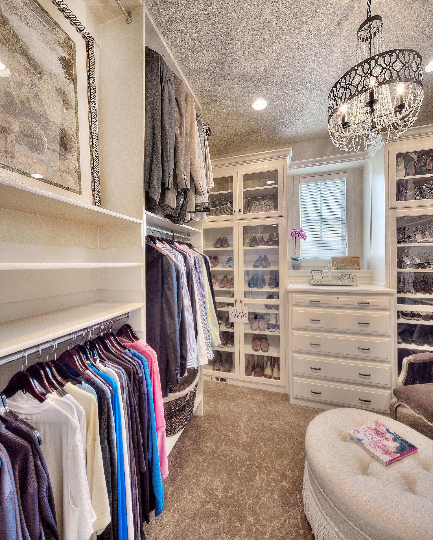 Best Master Closet Walk In Closet Closet Inspiration Sitting 400 x 300