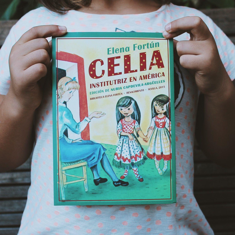 Un indispensable en la bilbioteca de casa (:  #celia   Foto de @beatriztormenta