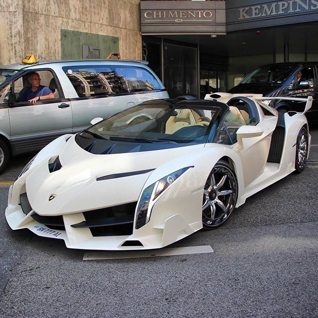 lamborghini veneno roadster best cars 2017 pinterest lamborghini veneno lamborghini and cars. Black Bedroom Furniture Sets. Home Design Ideas