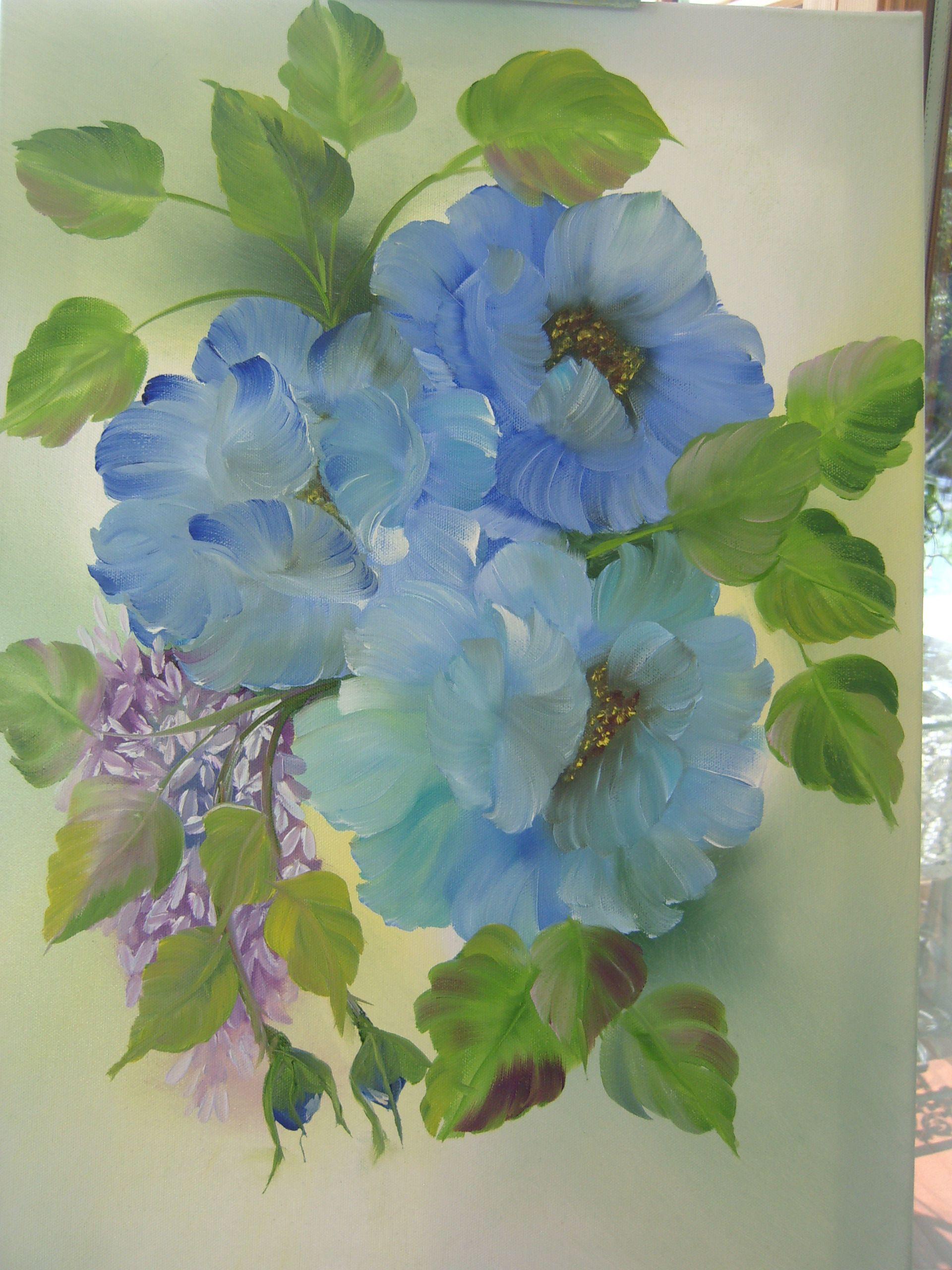 Blaue Mohnblumen mit Flieder