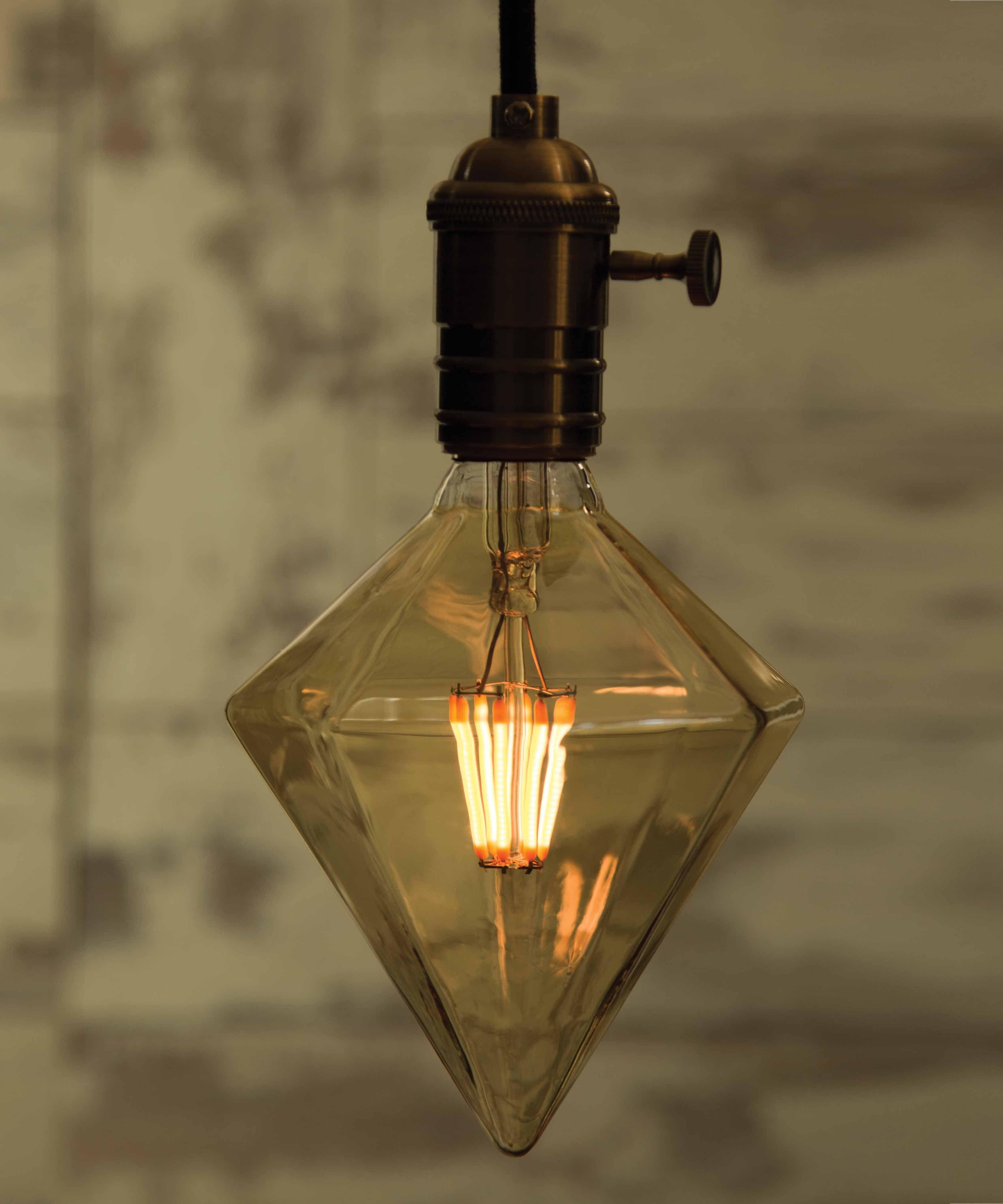 1000 images about lightbulb things on pinterest lightbulbs bulbs - Vintage Light Bulb Led Sharp Diamond 8 Filaments Led William Watson