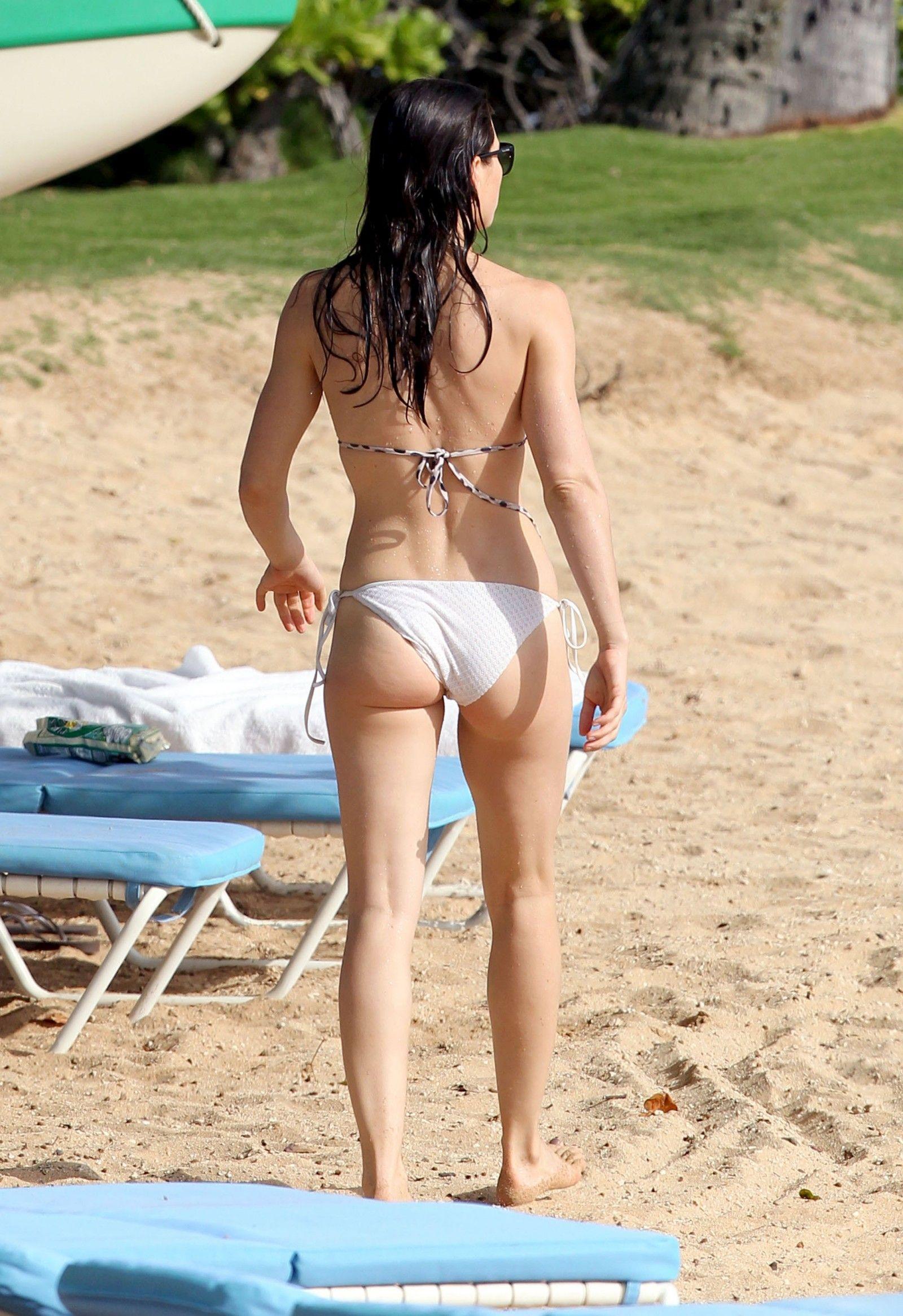 Jessica biel bikini body