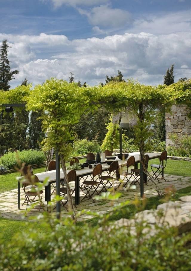 Rustikales Hotel Monteverdi Von Ilaria Miani Im Herzen Der Toskana Im Freien Toskana Mediterraner Garten