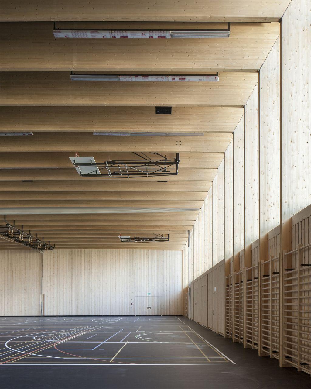 Pin von evan sharp auf materials sporthalle architektur for Architektur innenarchitektur studium