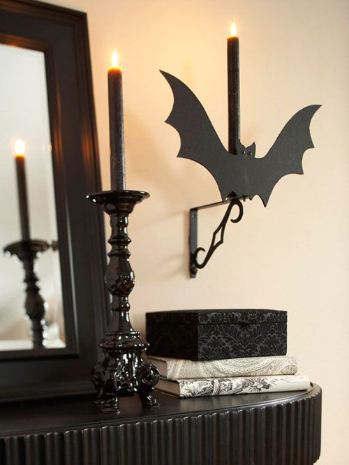 12 Fun Halloween Decorating Ideas in Black and White Decorating - cheap halloween decor ideas