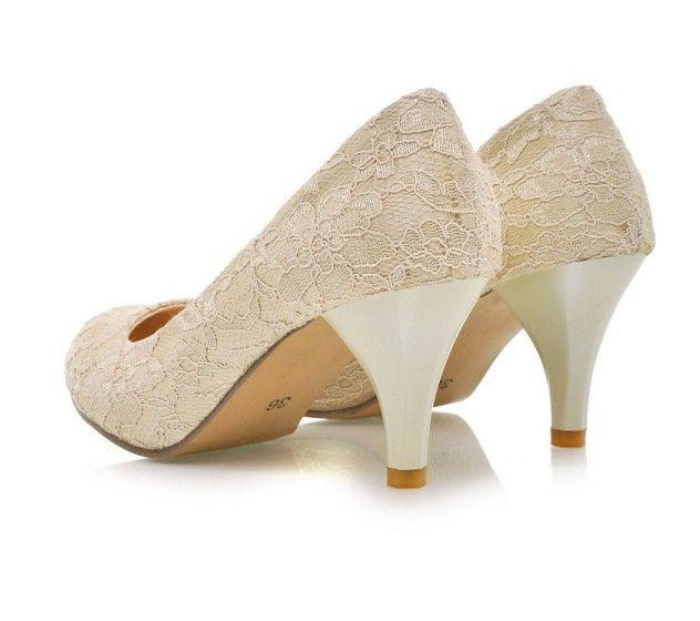 cream colored lace satin low heel bridal wedding shoes 4. Black Bedroom Furniture Sets. Home Design Ideas