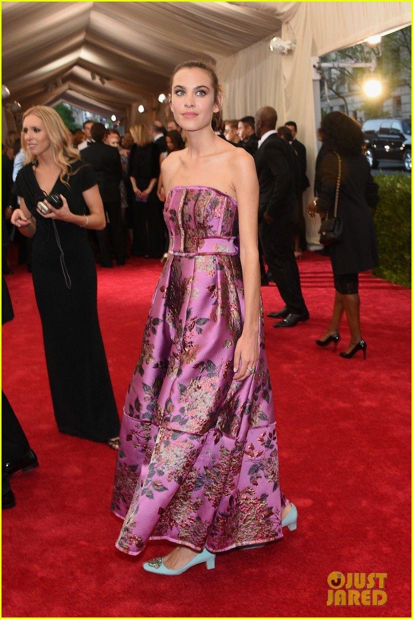 Joan smalls alexa chung met gala red carpet floral dress