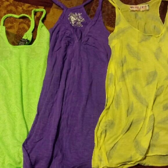 Tank bundle 7 tanks all in excellent condition size small Tops Tank Tops