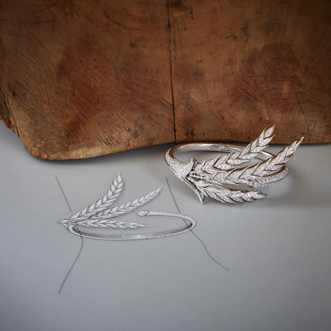 An elegant lucky charm the blé dueté high jewelry bracelet is set