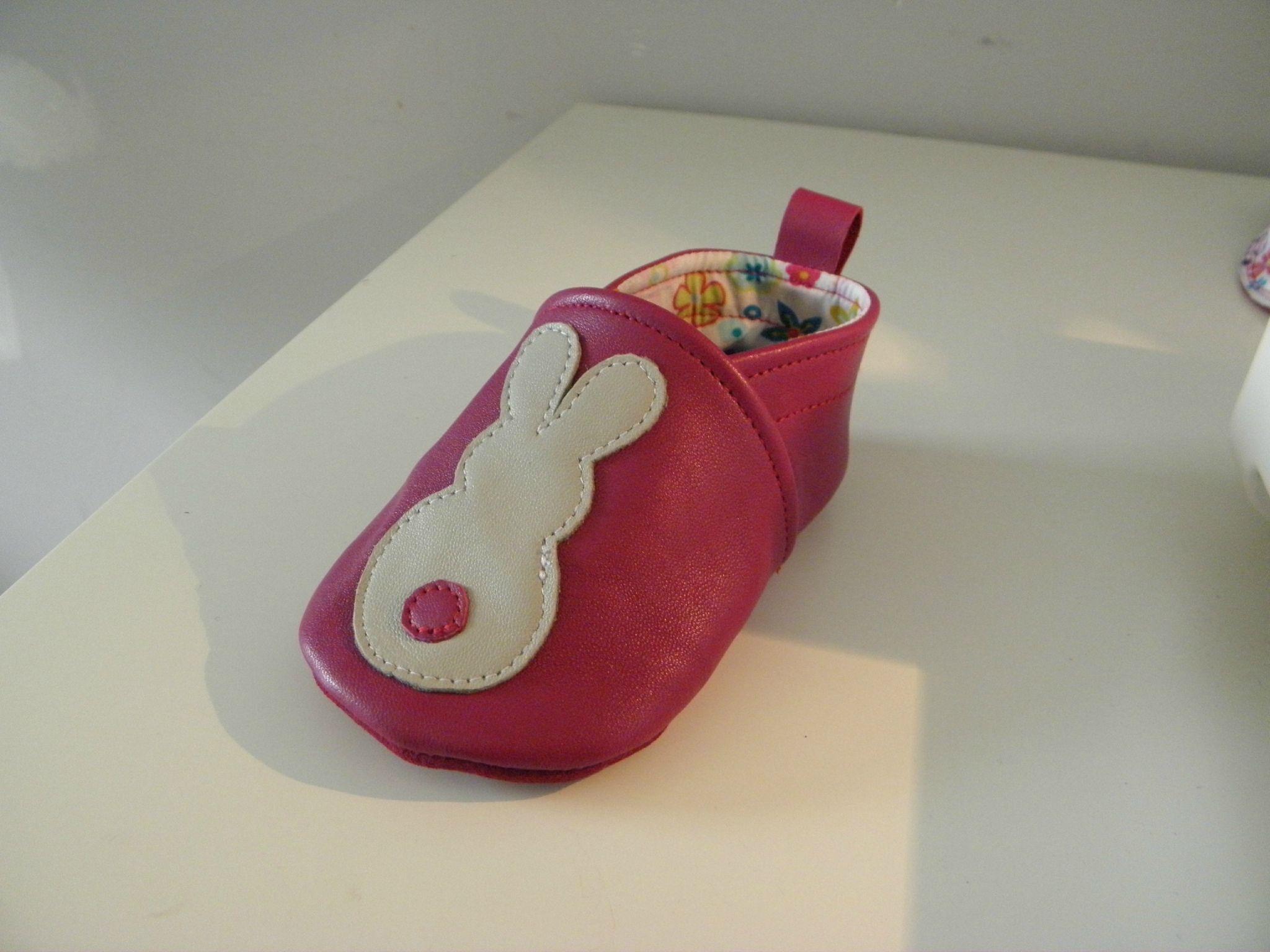Tuto chaussons b b s couture pinterest tuto chausson - Tuto chausson bebe couture ...