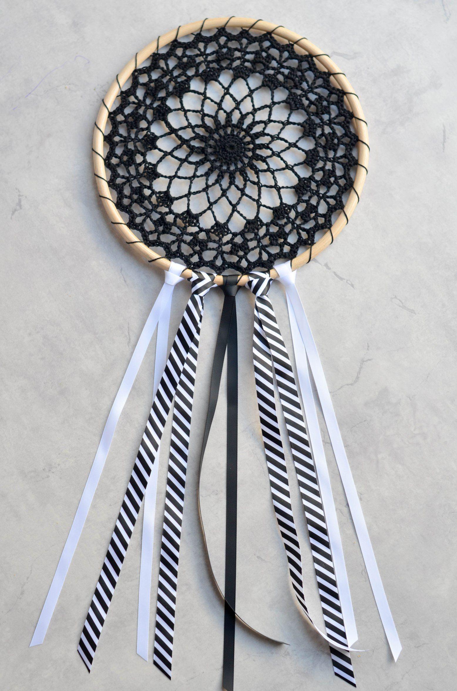 Crochet thread dreamcatcher, free pattern   Crochet   Pinterest ...