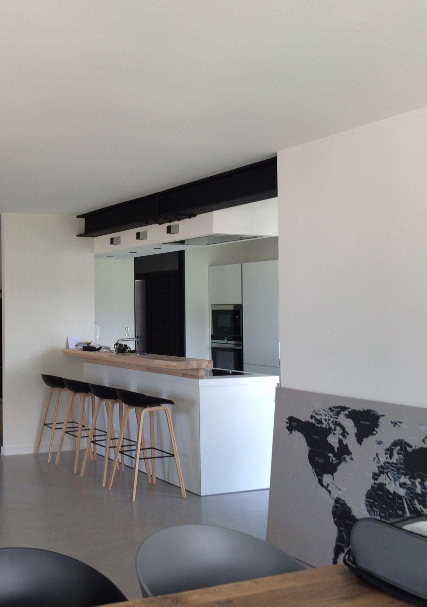 cuisine moderne ouverte avec ipn apparente projet de r novation int rieure annecy le vieux. Black Bedroom Furniture Sets. Home Design Ideas