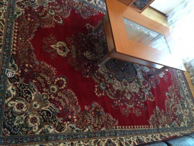 Tv taso+sohva pyödä+matto