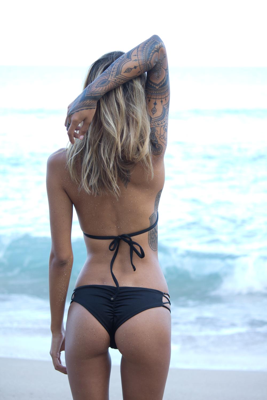 Hawaii exotic girl bikini