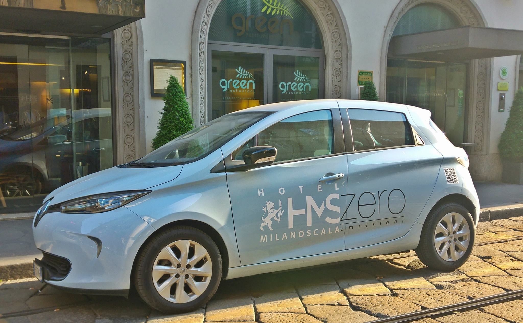 #ECOHOTELS #EV #SWD #GREEN2STAY  Hotel Milano ScalaHere's our new courtesy electric car. Always ZERO EMISSIONS, as our Hotel!  #milanoscala #preferredhotels #green   http://www.green2stay.com/uk-and-europe-eco-hotels