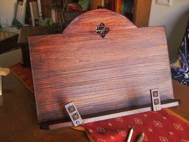 Artesan a tope y cu a atril para libros peque os y grandes muebles pinterest atril topes - Muebles atril ...