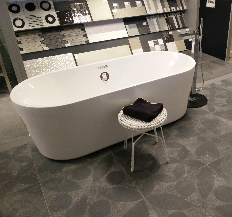 Modern vrijstaand bad!