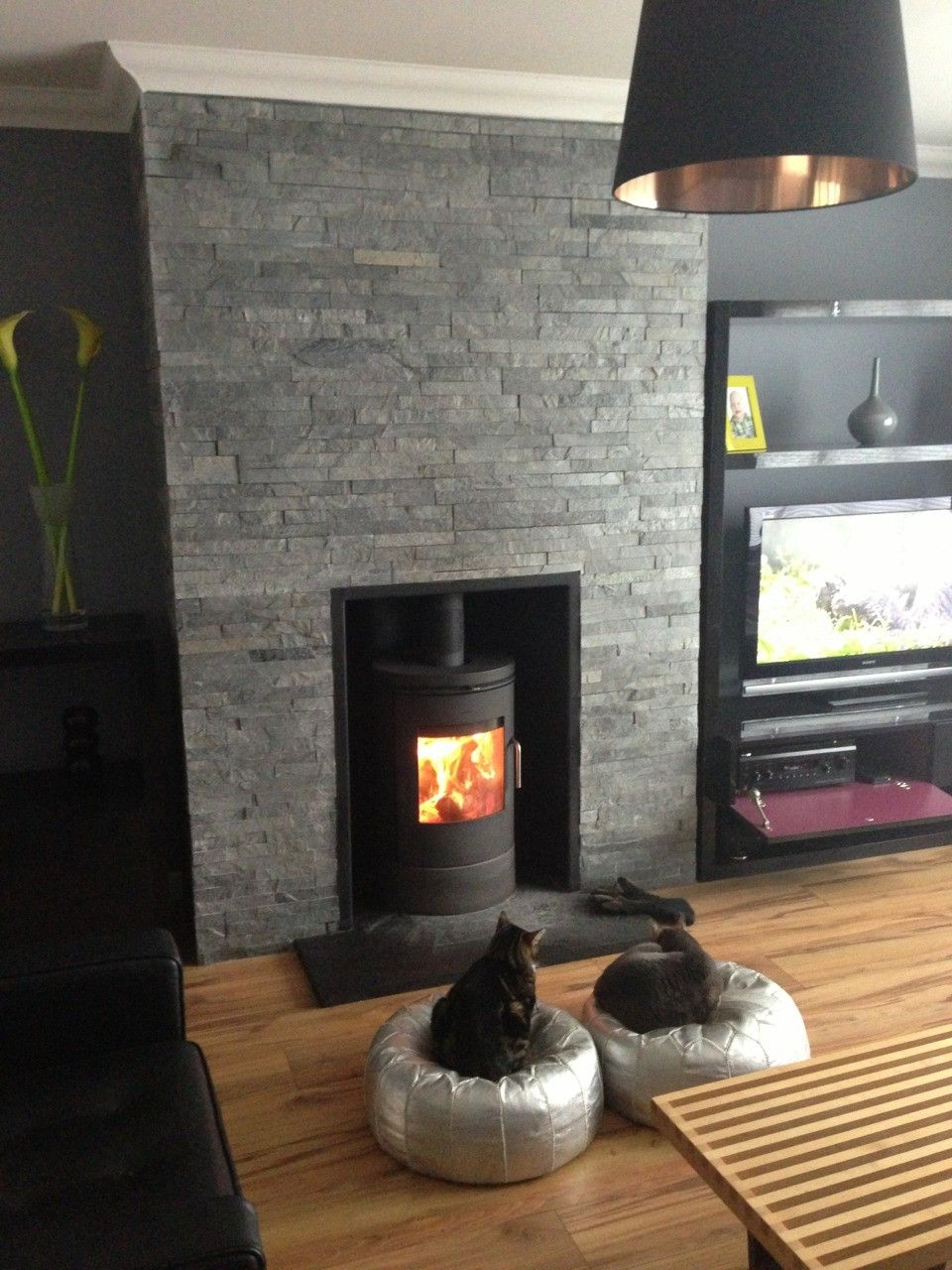 Slate fireplace surround and hearth fireplace for Tiled chimney breast images