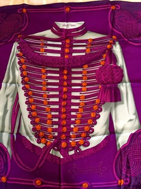 HERMES 70cm Vintage Style Silk Scarf Carre ...