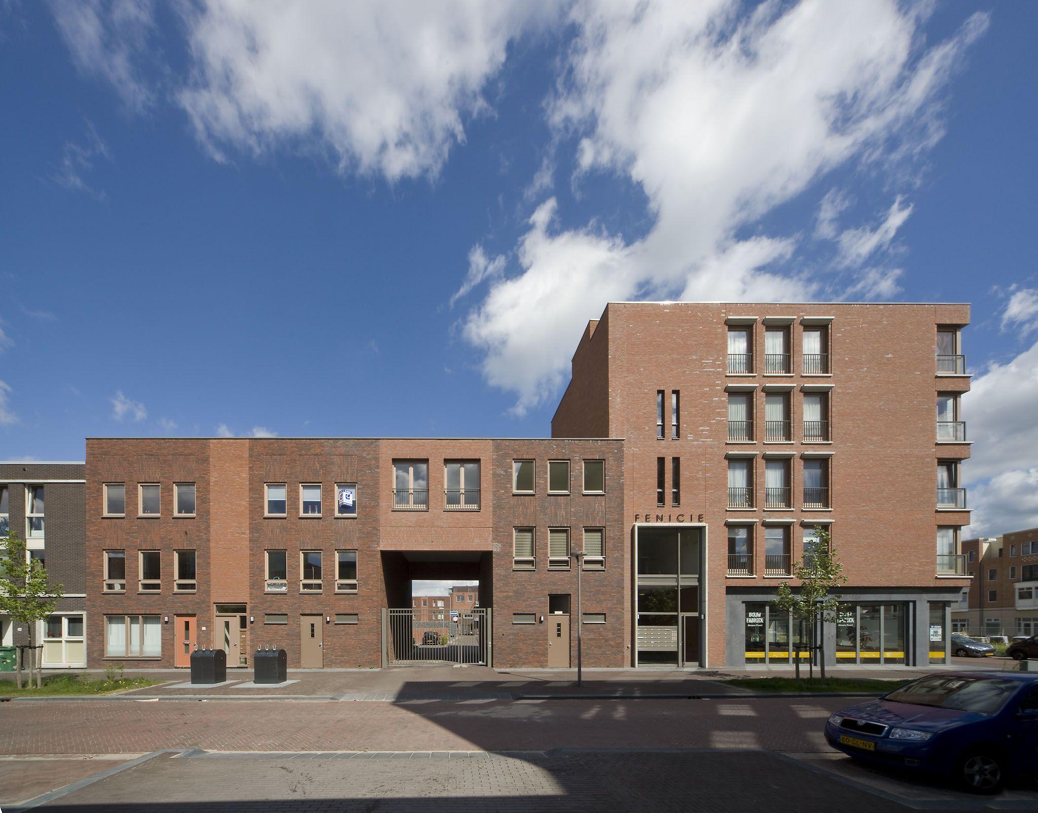 Zijaanzicht Appartementencomplex, Europakwartier Almere-Poort