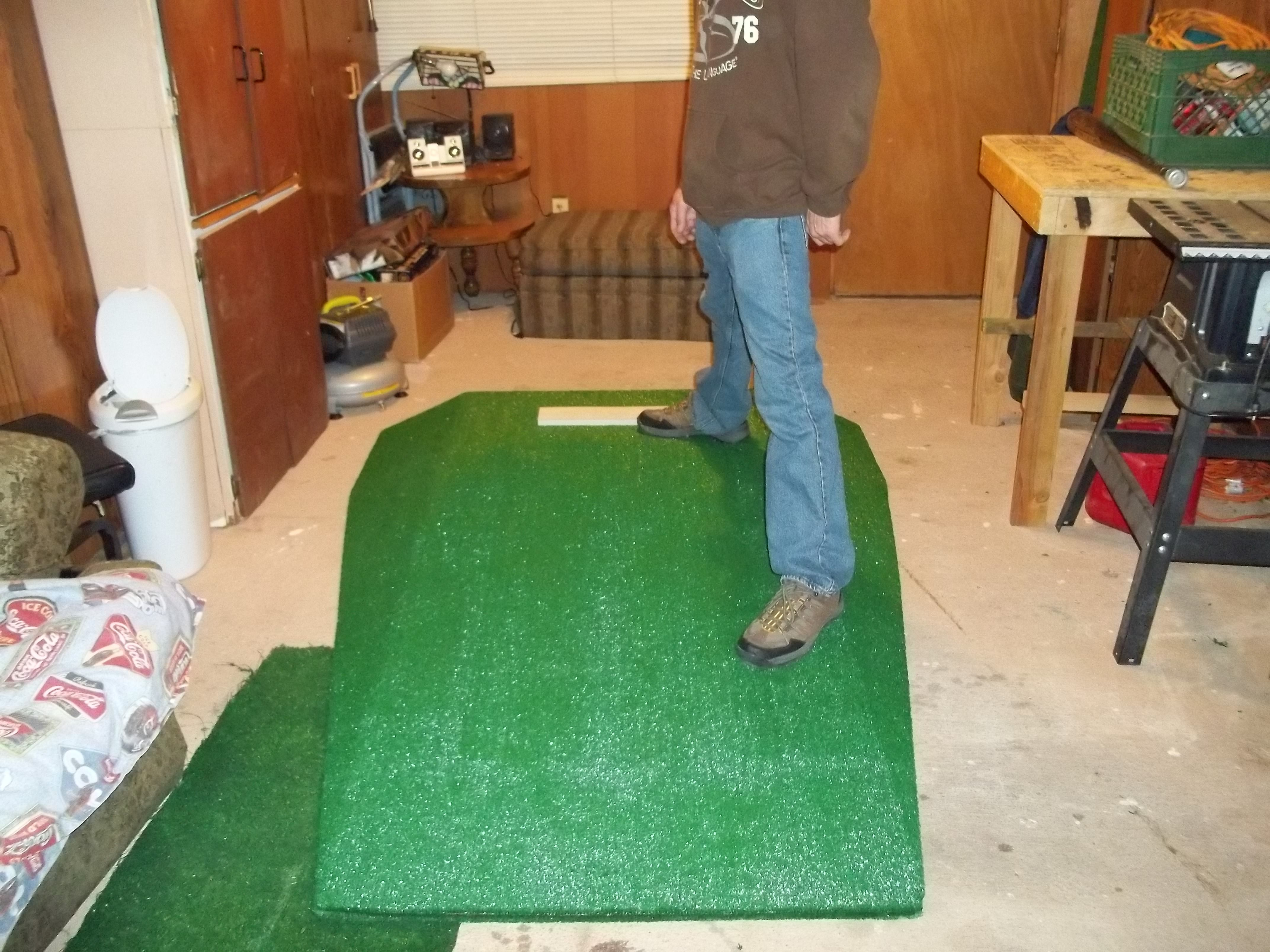 7 1 2ft x 6ft x 6in portable pitching mound for ages 5 and older