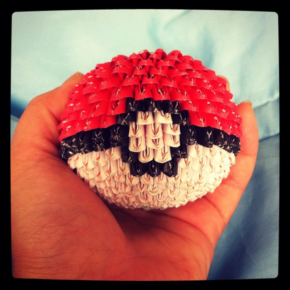 3d Origami Pokeball Fran Craft Projects Pinterest Craft