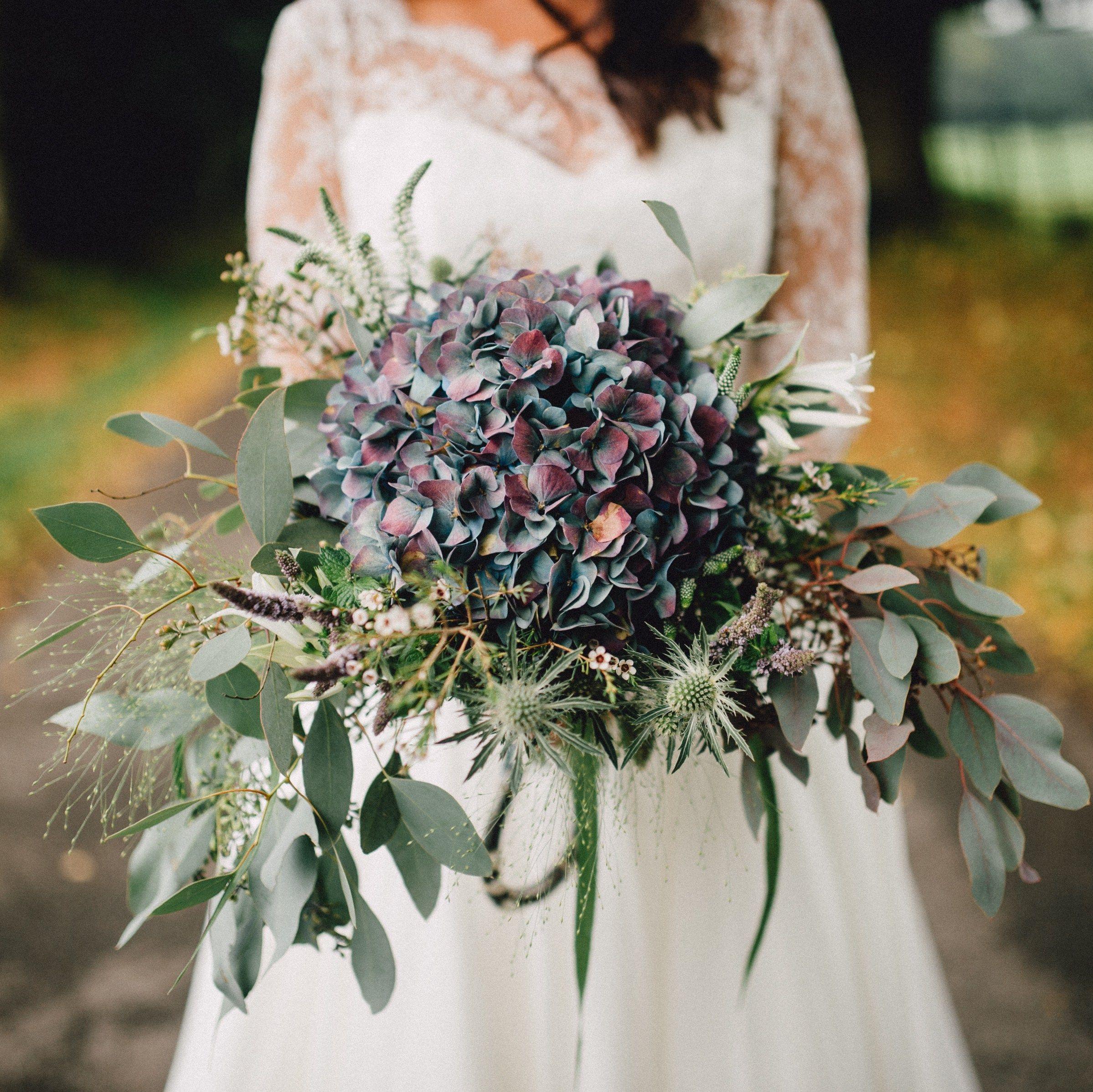 Wedding Flowers Cheltenham: Modern Wedding Flowers, Wedding