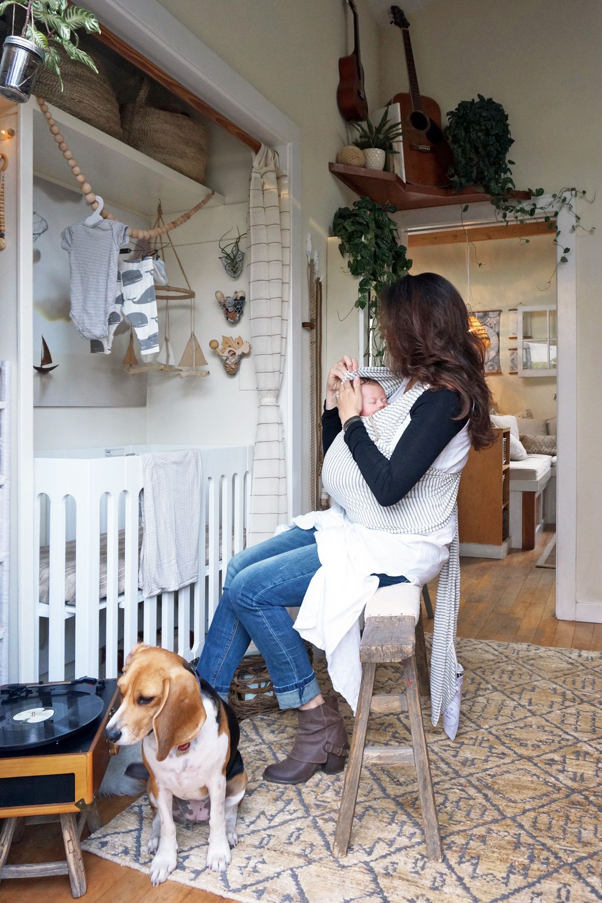 Best 25+ Mini Crib Ideas On Pinterest  Small Space Nursery, Apartment  Nursery And Small Baby Cribs