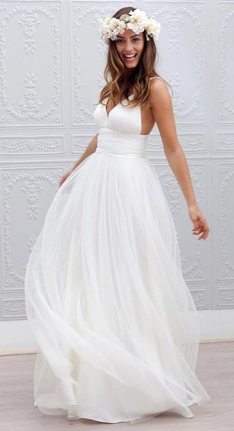 30 Casual Wedding Dresses For Effortlessly Chic Brides | Pinterest ...