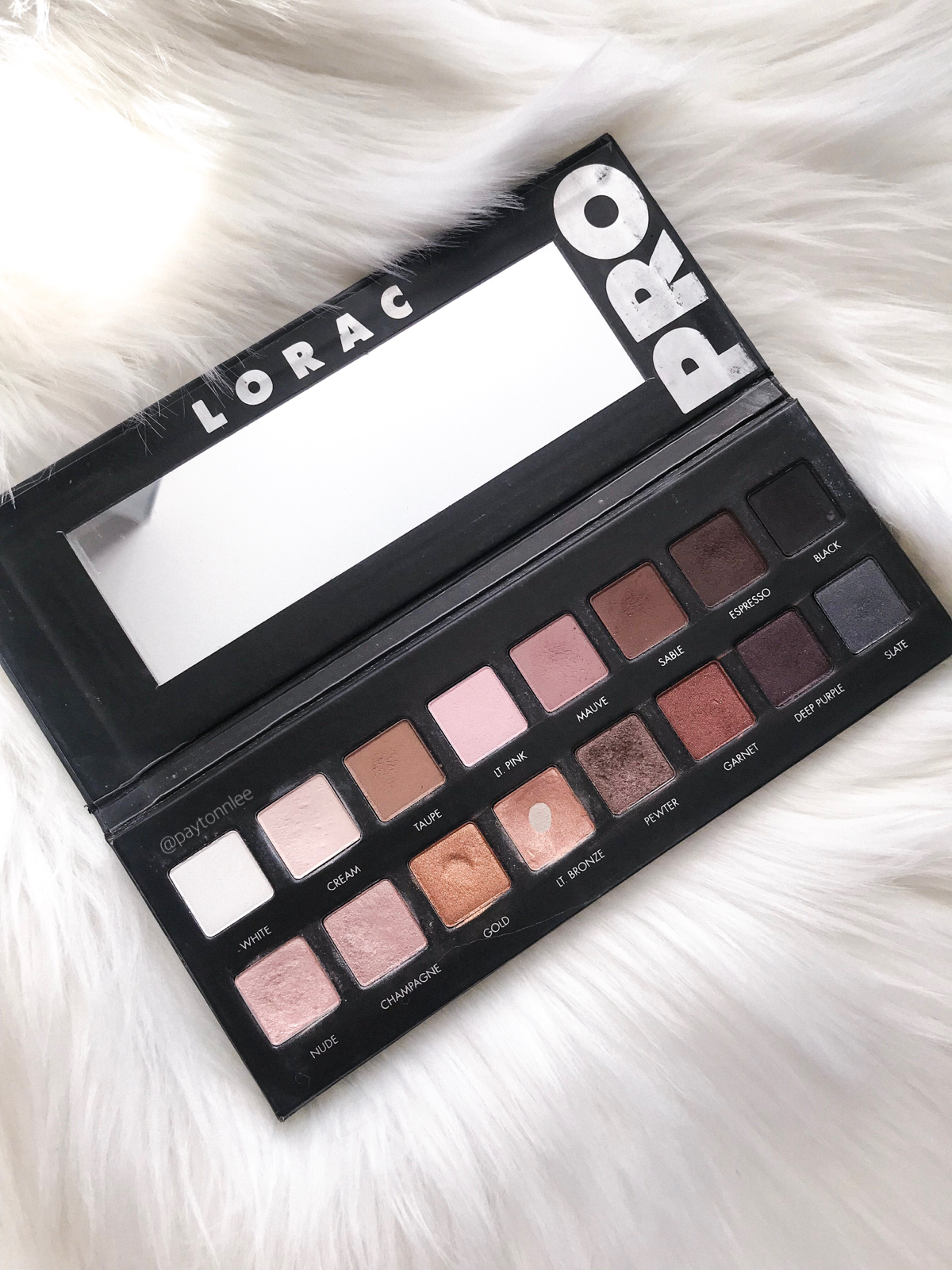 A review of the best neutral eyeshadow palettes including