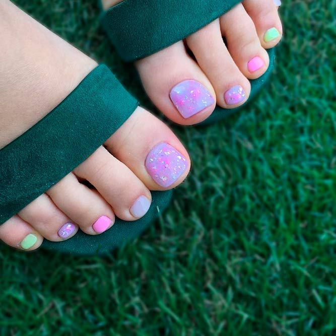 33 Gorgeous Toe Nail Design Ideas | Pinterest | Uña decoradas, Uñas ...