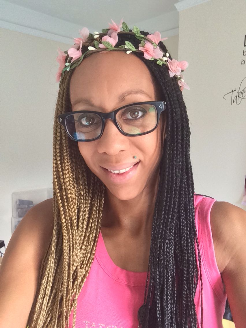 Two Tone Box Braids 1 27 With Images Honey Blonde Hair